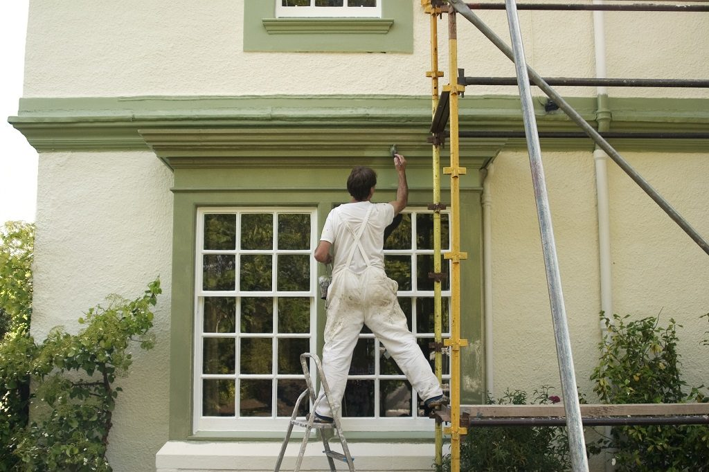 painting a house exterior